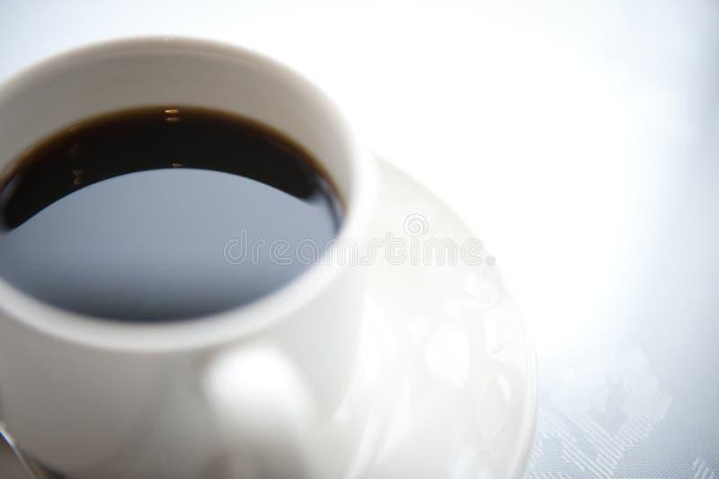 Frühstücks-Kaffeetasse und untertasse lizenzfreies stockbild
