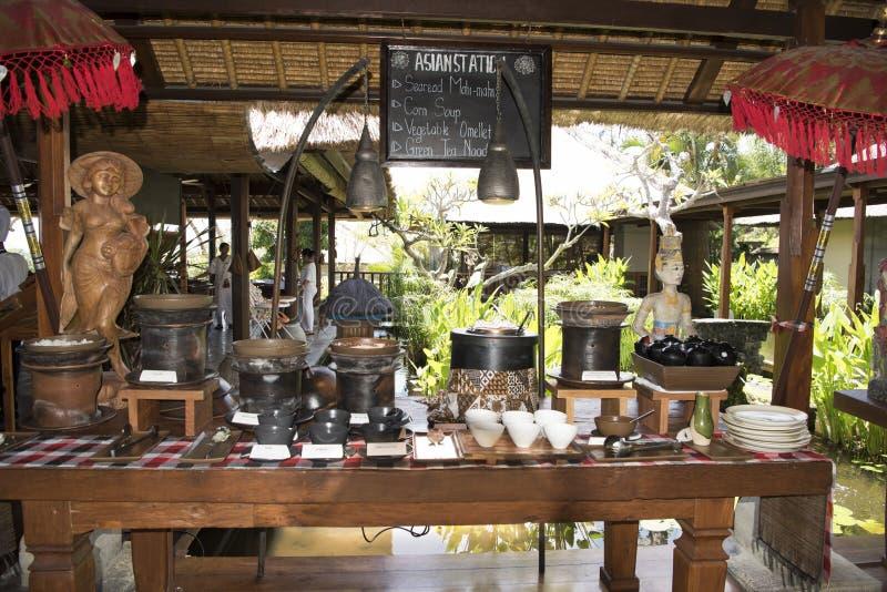 Frühstücksbuffet im Erholungsort, Bali stockfotografie