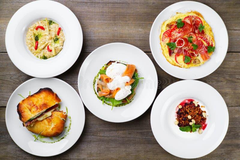 Frühstücksmahlzeitvielzahl, Restaurantmenüfoto stockfotos
