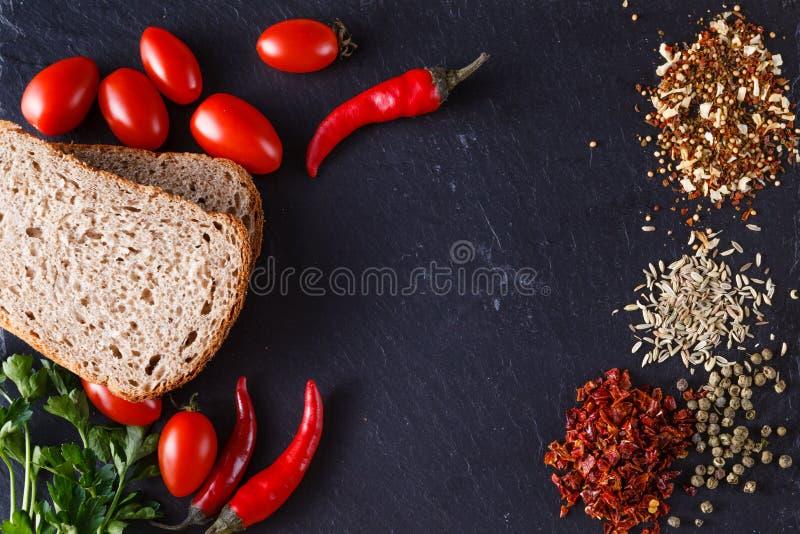 Frühstücksmenürezept mit Gewürzen stockfotos
