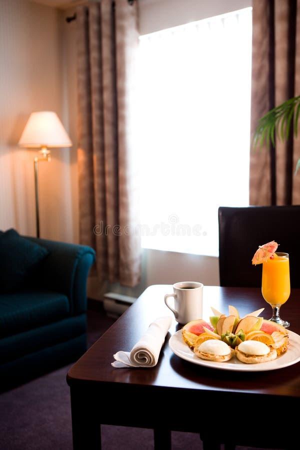Frühstückstisch im Hotel stockfotos