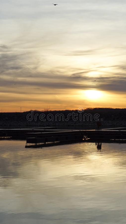 Fr?hjahr-Sonnenuntergang stockfotos