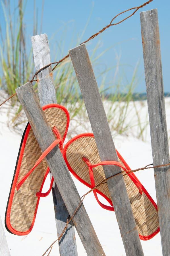 Fracasos de tirón en la cerca foto de archivo libre de regalías