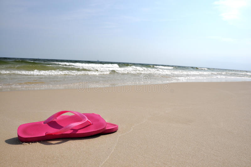 Fracasos de tirón en la playa imagenes de archivo