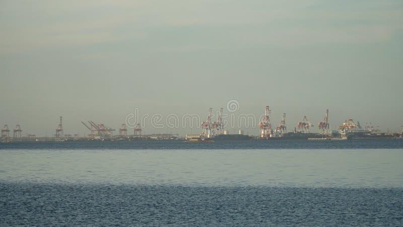 Frachtindustriehafen Manila, Philippinen lizenzfreie stockfotografie