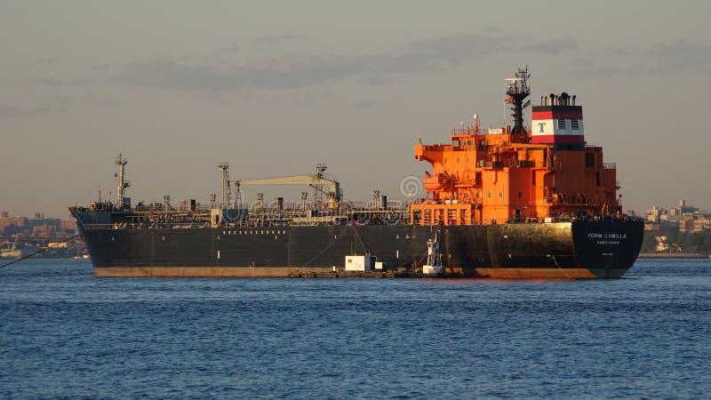 Frachtschiff oder industrieller Frachter stockfoto