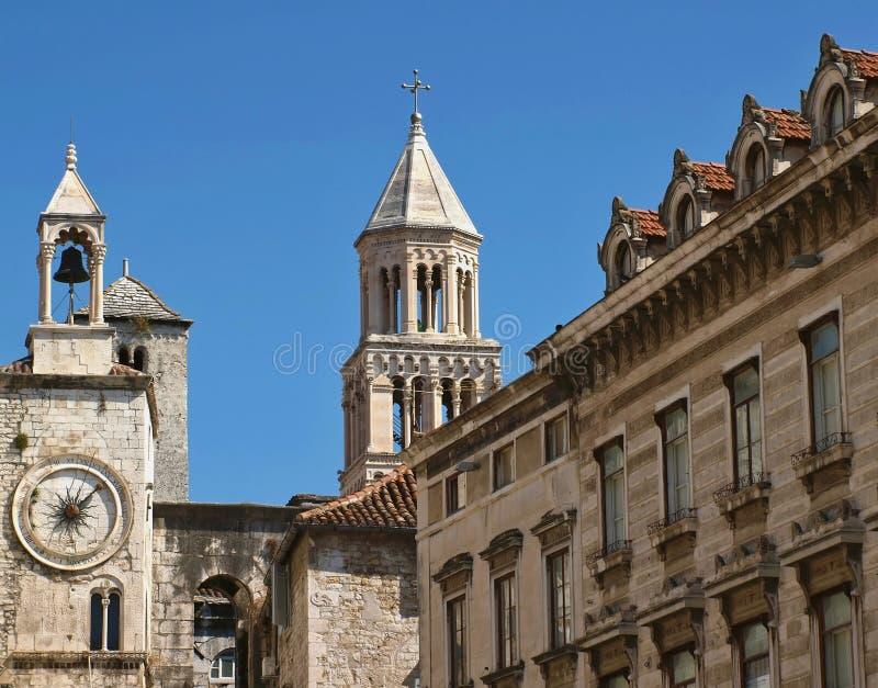 Fractionnement de ville de la Croatie photo libre de droits