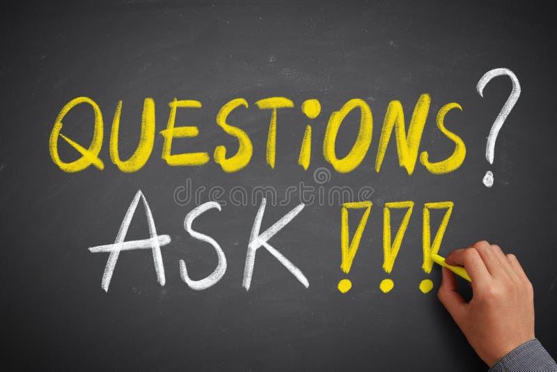 Fragen und um FAQ-Konzept bitten stockbilder
