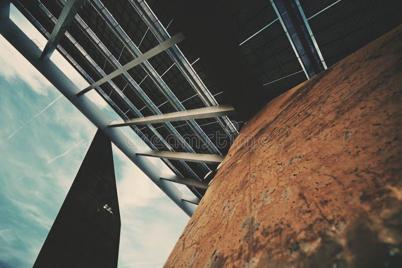 Fragment av den enorma photovoltaic panelen fotografering för bildbyråer