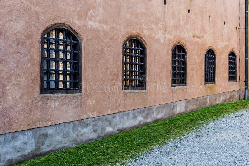 Fragment av den forntida slotten i Kalmar royaltyfri fotografi