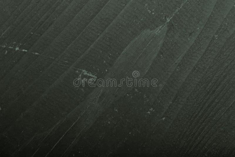 Fragment av den gamla målade trädörren tonat arkivfoton