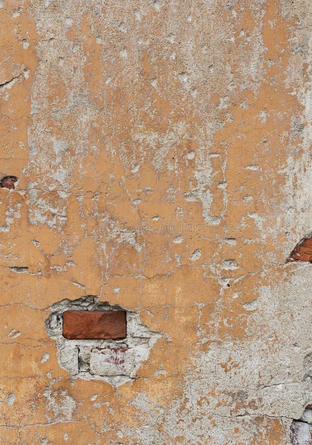 Fragment av den gamla red ut tegelstenväggen royaltyfri bild