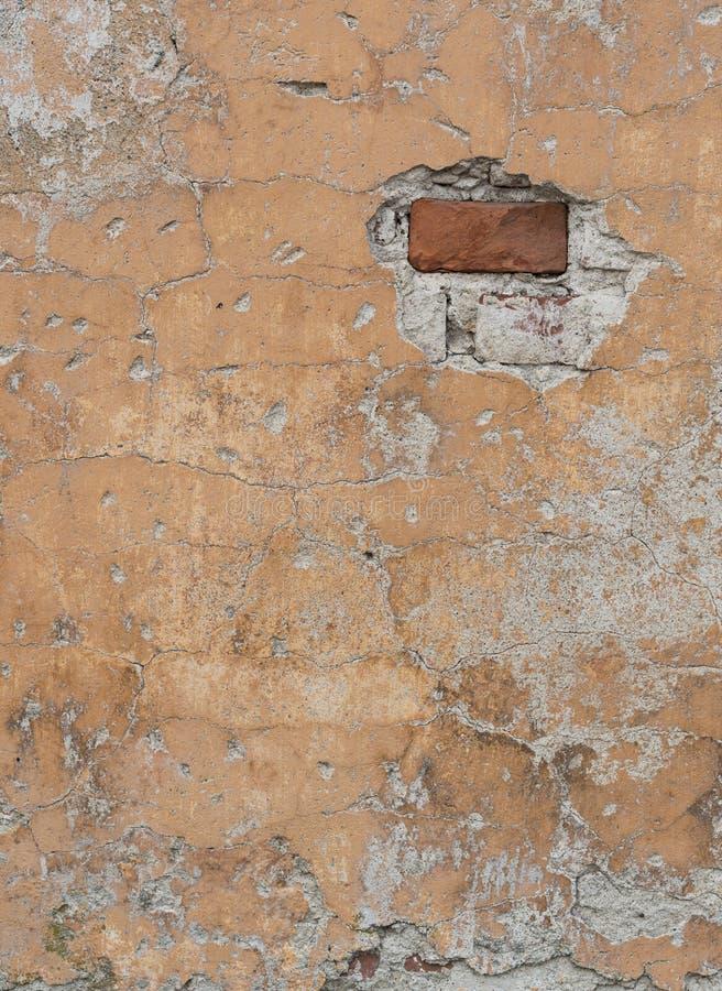 Fragment av den gamla red ut tegelstenväggen royaltyfri fotografi