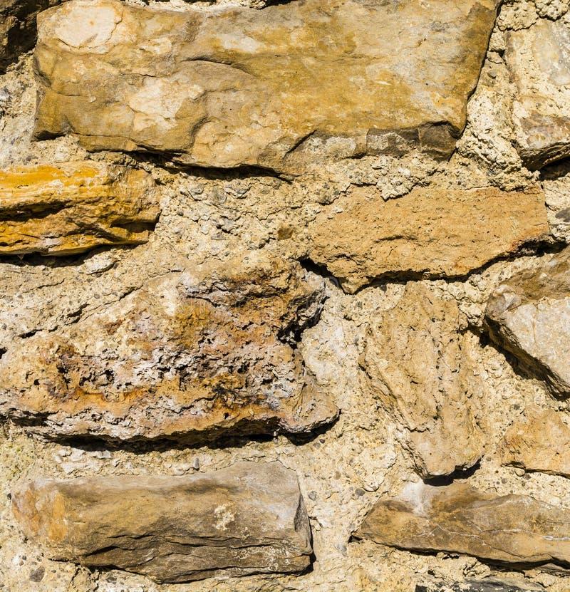 Fragment av den medeltida slottväggen - closeup royaltyfria bilder