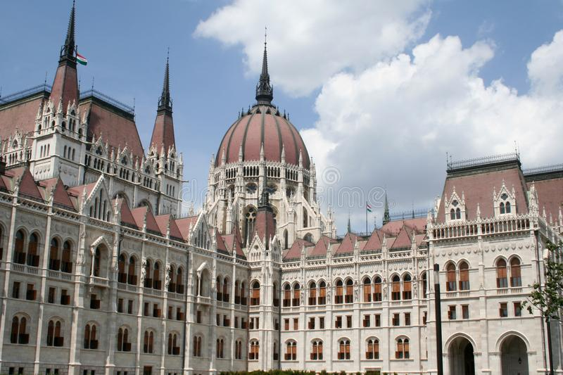 Fragment av parlamenten i Budapest royaltyfria foton