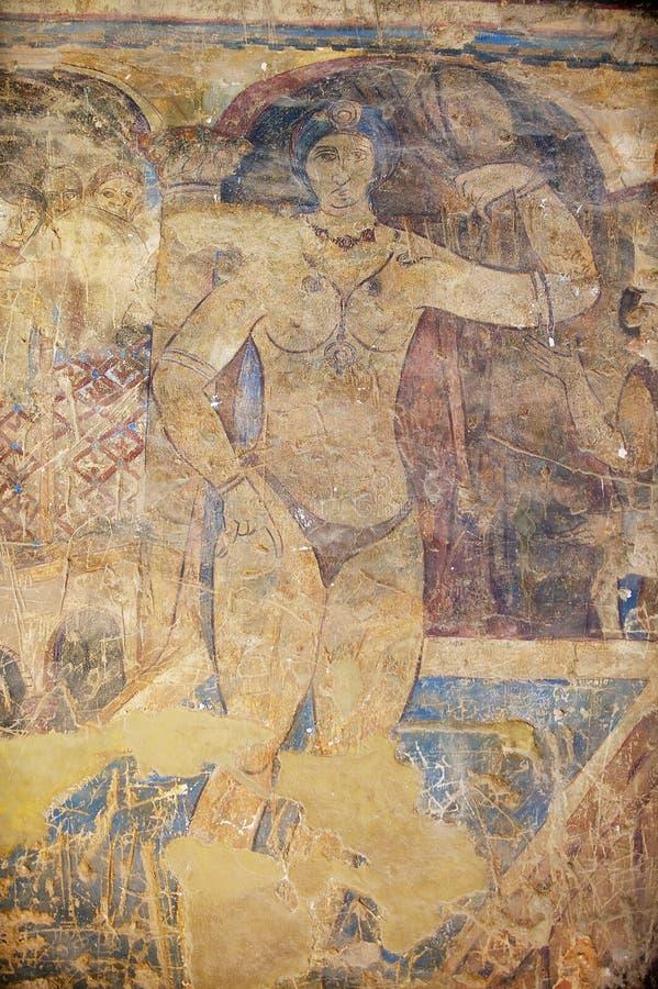 Fragment av väggmålning- och takgarneringen på en forntida Umayyad ökenslott av Qasr Amra i Zarqa, Jordanien royaltyfri foto