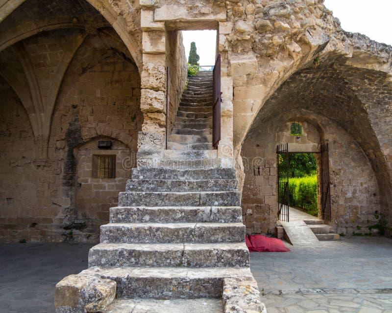 Fragment d'abbaye de Bellapais photos libres de droits