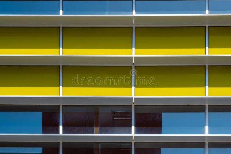 Fragment de façade industriel photo libre de droits