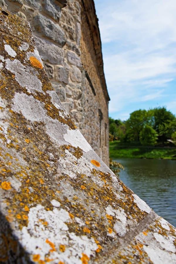 Fragment de mur dans Leeds Castle Kent R-U photo stock