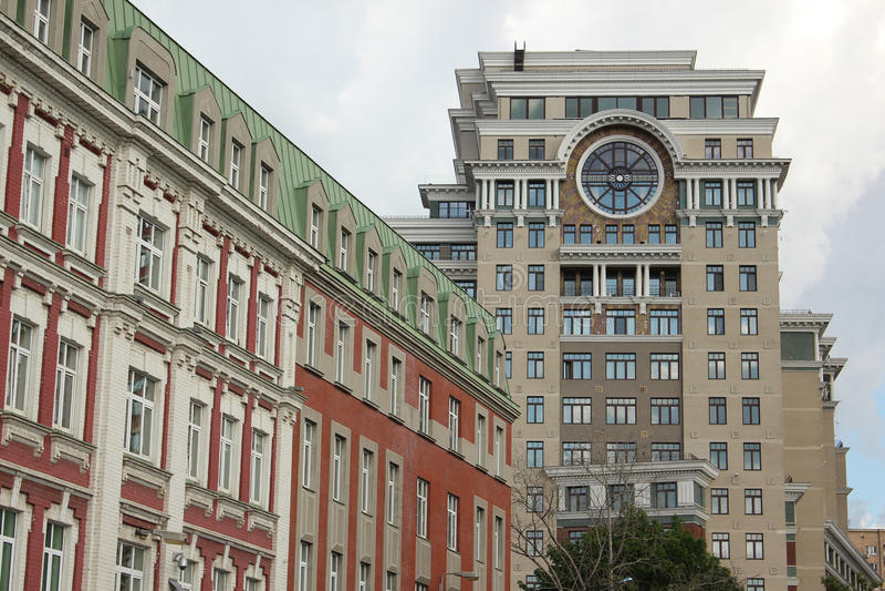 Fragment des maisons dans la ruelle et le Bolshaya Yakimanka de Golutvinsky images libres de droits