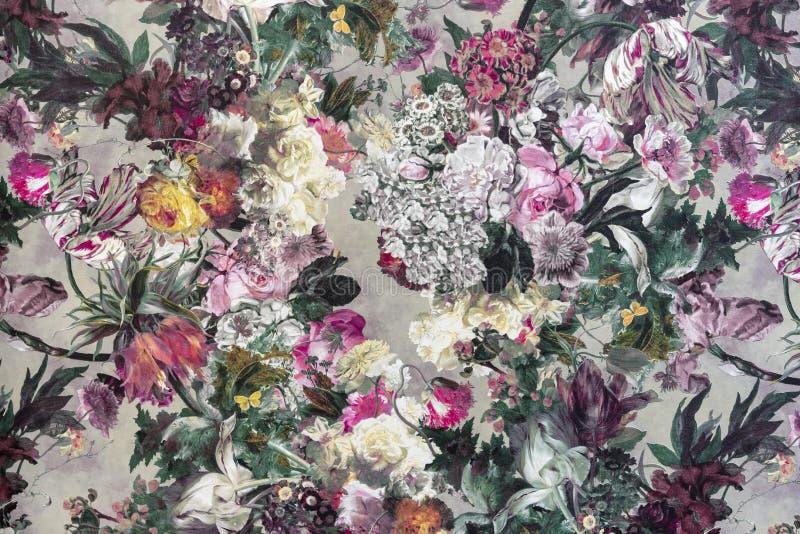 Fragment eines bunten Retro- Gewebemusters mit einer Blumenverzierung stockfotografie