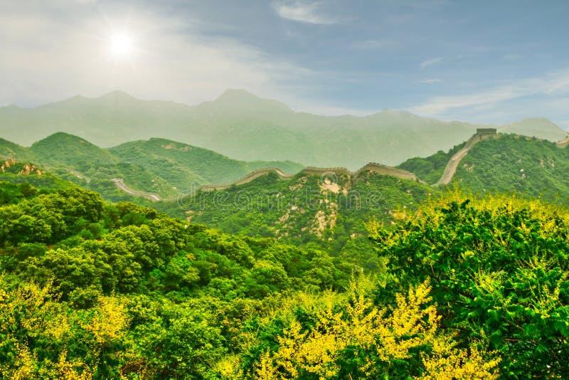 Fragment van het belangrijkste symbool van China - de Grote Muur van China Peking stock foto's