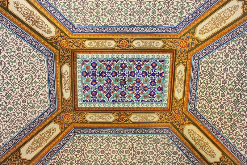 Fragment van ornament in Topkapi-paleis, Istanboel, Turkije royalty-vrije stock afbeeldingen