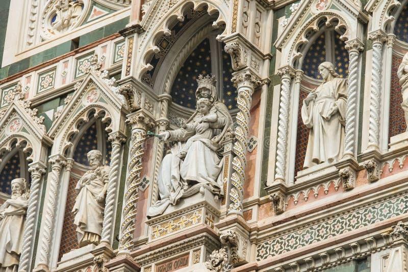 Fragment van voorgevel Duomo Santa Maria del Fiore, Florence, Italië royalty-vrije stock afbeeldingen