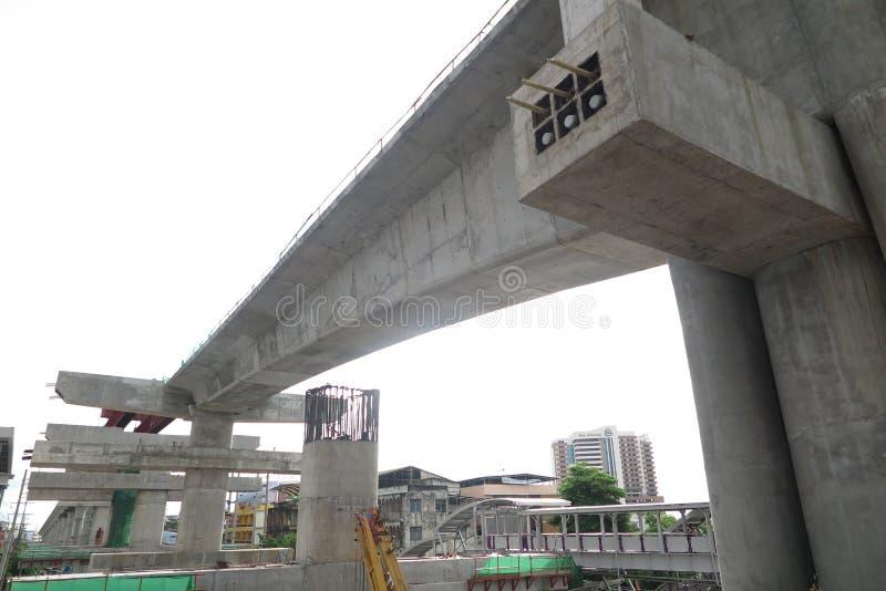 Fragmente a vista da estrada sob a reconstrução em Banguecoque, Thail fotografia de stock royalty free