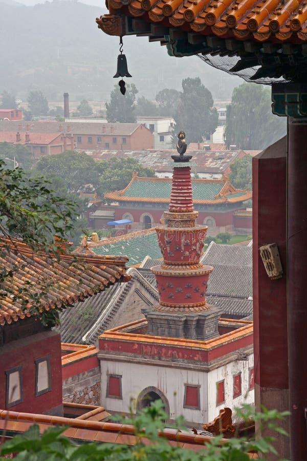 Fragmenten van de beroemde Puning-tempel in Chengde-het noorden van Beijin stock afbeeldingen