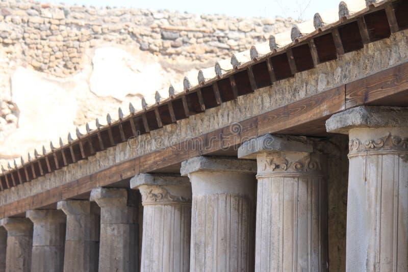 Fragmenten van de ruïnes van Pompei De oude Roman stad in Italië stierf aan uitbarsting van de Vesuvius royalty-vrije stock foto
