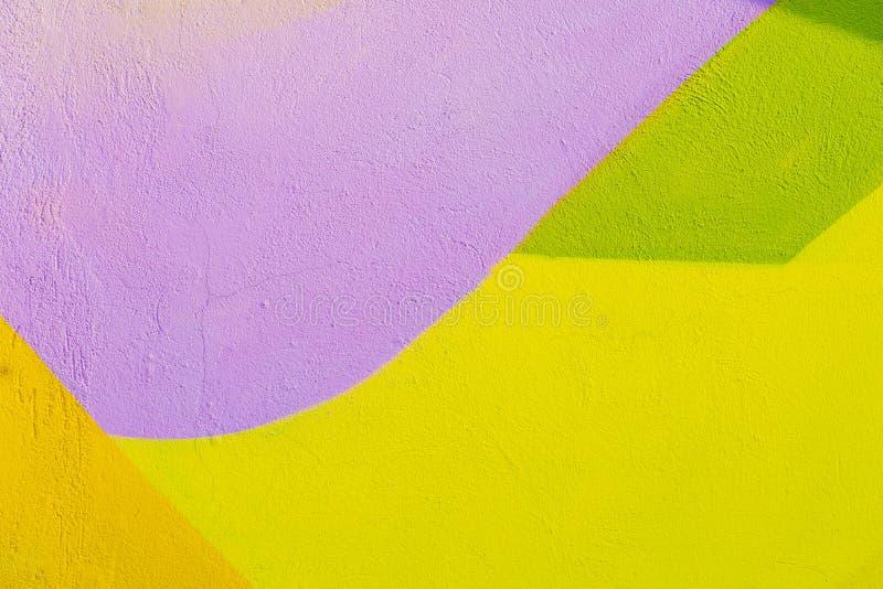Fragmento colorido da parede com detalhe de grafittis, arte da rua Cores criativas abstratas da forma do desenho Icônico moderno imagens de stock royalty free