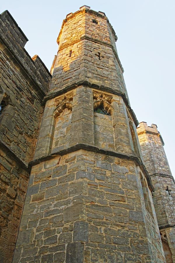 Fragmento de la casa de la puerta en abadía de la batalla en Sussex del este en Inglaterra imagenes de archivo