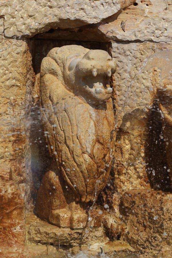 Fragmento de las muestras de la fuente del zodiaco - león, Jaffa, teléfono fotos de archivo