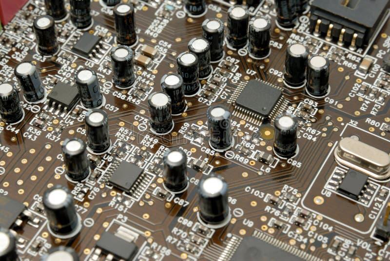 Fragmento de uma imprimir-circuito-placa do computador fotos de stock