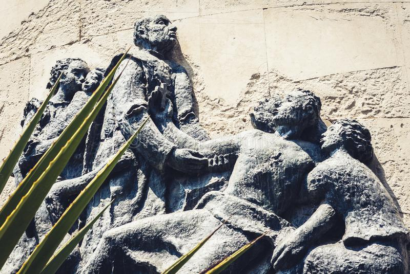 Fragmento del monumento de Vincenzo Bellini en Catania, Sicilia, Italia fotografía de archivo libre de regalías