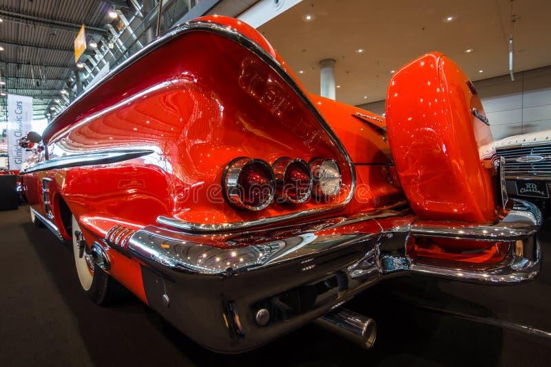 Fragmento do convertible sem redução de Chevrolet Impala do carro, 1958 foto de stock royalty free