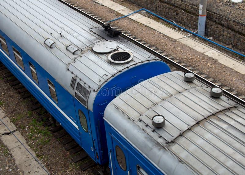 Fragmento do trem de passageiros, vista superior imagens de stock royalty free