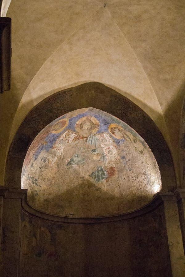 fragmento en el monasterio benedictino, Abu Ghosh de los frescos de la Cruzado-era, foto de archivo