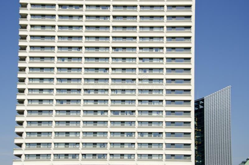 Fragmento moderno do hotel da arquitetura imagem de stock