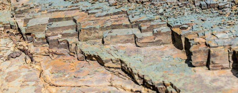 Fragmentos classificados da rocha Fundo largo do close-up fotografia de stock royalty free