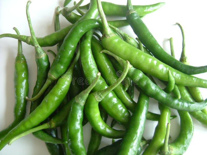 Download Frais chaud vert photo stock. Image du poivron, frais, fond - 80454