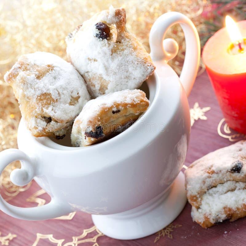 Frais stollen le biscuit photographie stock libre de droits
