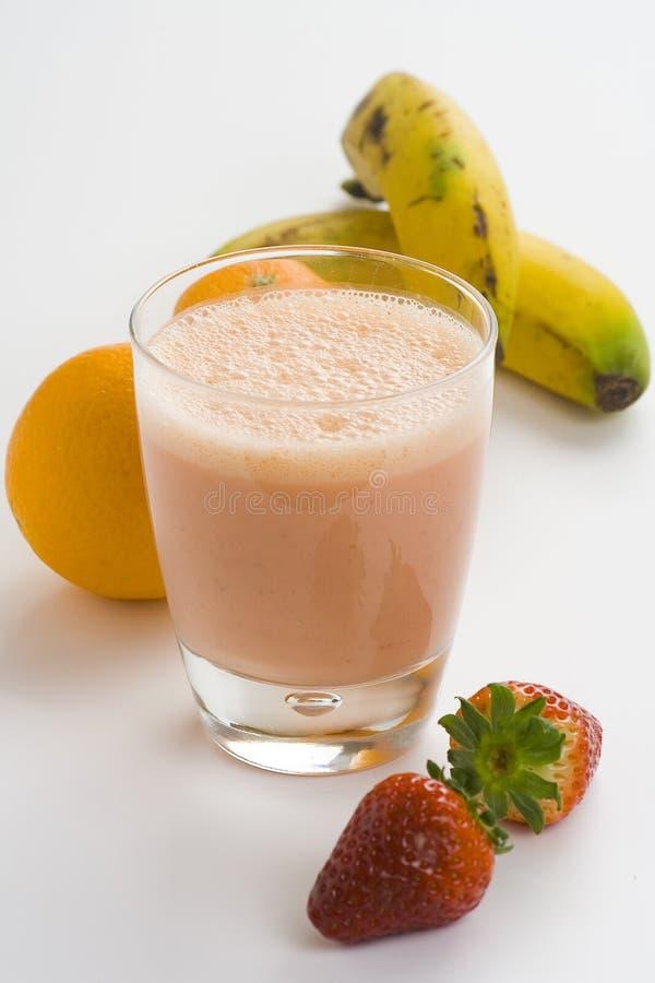 Download Fraise Orange Normale De Lait De Poule De Banane Image stock - Image du nutritif, normal: 8671585