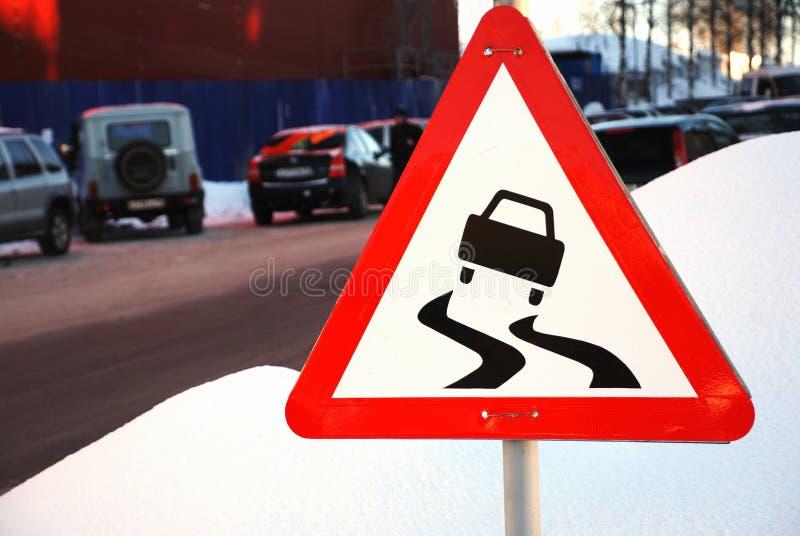 framåt hal varning för vägmärke royaltyfri fotografi