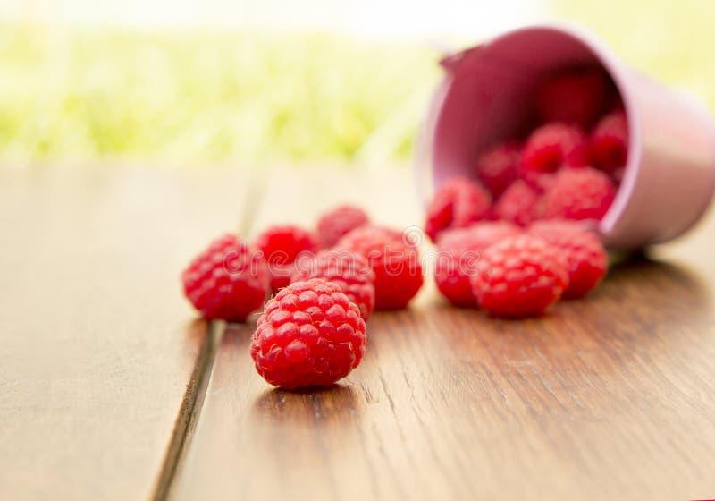 Download Frambuesa Separada En La Tabla Imagen de archivo - Imagen de fruta, fondos: 42437743