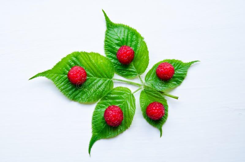 Frambuesas dulces maduras imagen de archivo