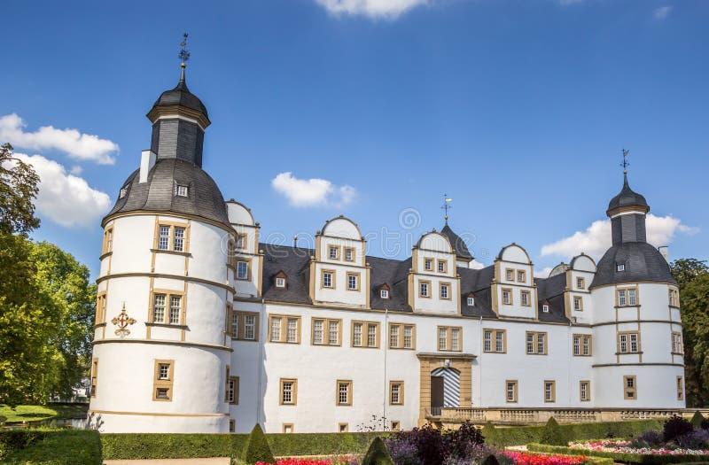 Framdel av den barocka slotten Neuhaus i Paderborn fotografering för bildbyråer