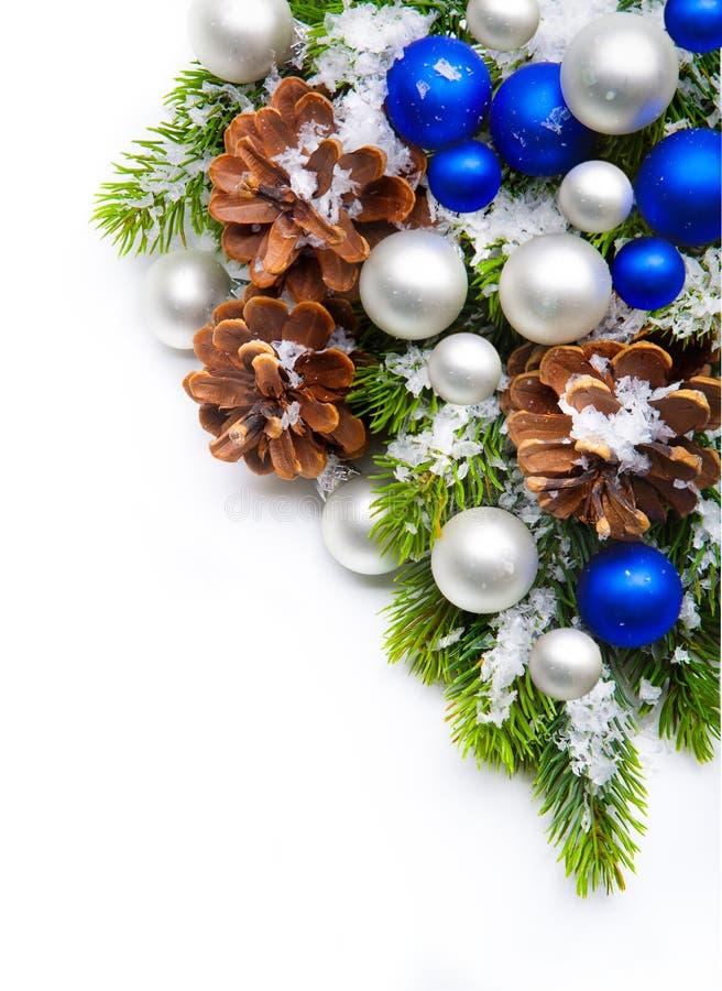 Frame dos flocos de neve da decoração da árvore de Natal foto de stock