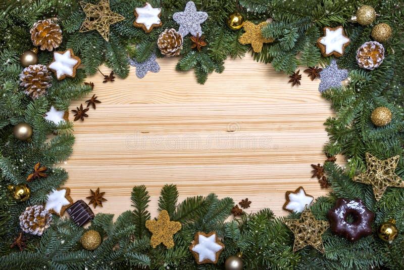 Frame mágico azul do Natal Cumprimentos do ` s do ano novo Decorações do Natal imagens de stock